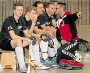 SC-Koblenz Ersatzbank und Trainer Ranft
